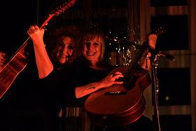 Anne Haigis und Ina Boo (Foto Karl-Heinz Krull)